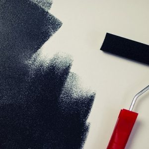 Cómo seleccionar la pintura y el color adecuados para su hogar