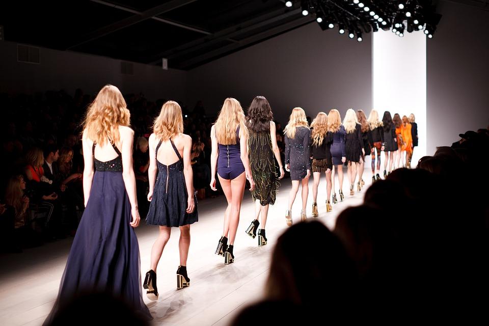 Estilos de ropa para estar a la vanguardia de la moda