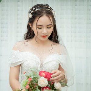 Tendencias de maquillaje y peinado para novias en 2021